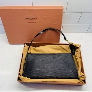 Louis Vuitton Epi Leather Pochette w/ Extra Strap